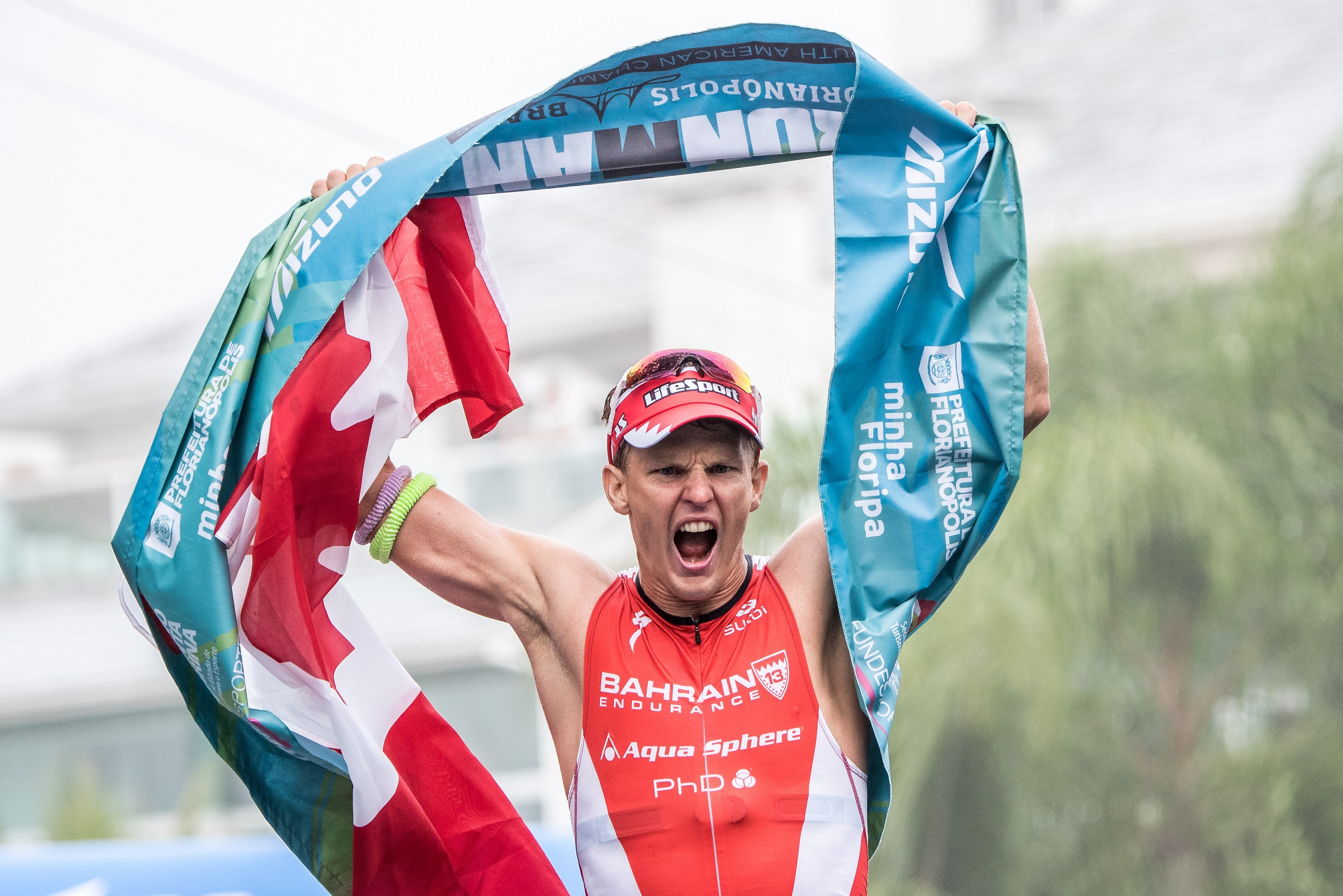 Pro Triathlete Brent McMahon Wins IRONMAN Florianapolis in Brazil, the South American World Championships, setting the 2nd fastest IRONMAN time in history and a course record; now Kona ready.